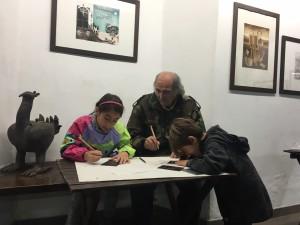 Gigi Pedroli fa scuola di incisione ogni sabato mattina