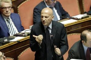 Augusto Minzolini in Senato durante l'esame del DDL sulle Riforme, Roma 23 Luglio 2014. ANSA/GIUSEPPE LAMI