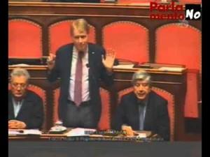 Il senatore Lucio Malan