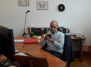 Il giudice del lavoro Maurizio Paganelli nel suo ufficio al Tribunale di Pesaro